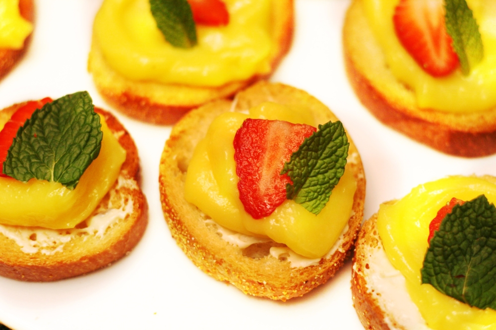 Lemon White Chocolate Bruschetta